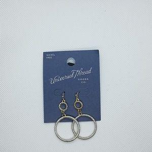 NWT Universal Thread Dangling Earrings